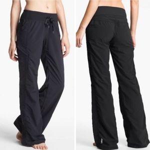 Zella Move it Dance Ruched Black Pants Crop Size 8